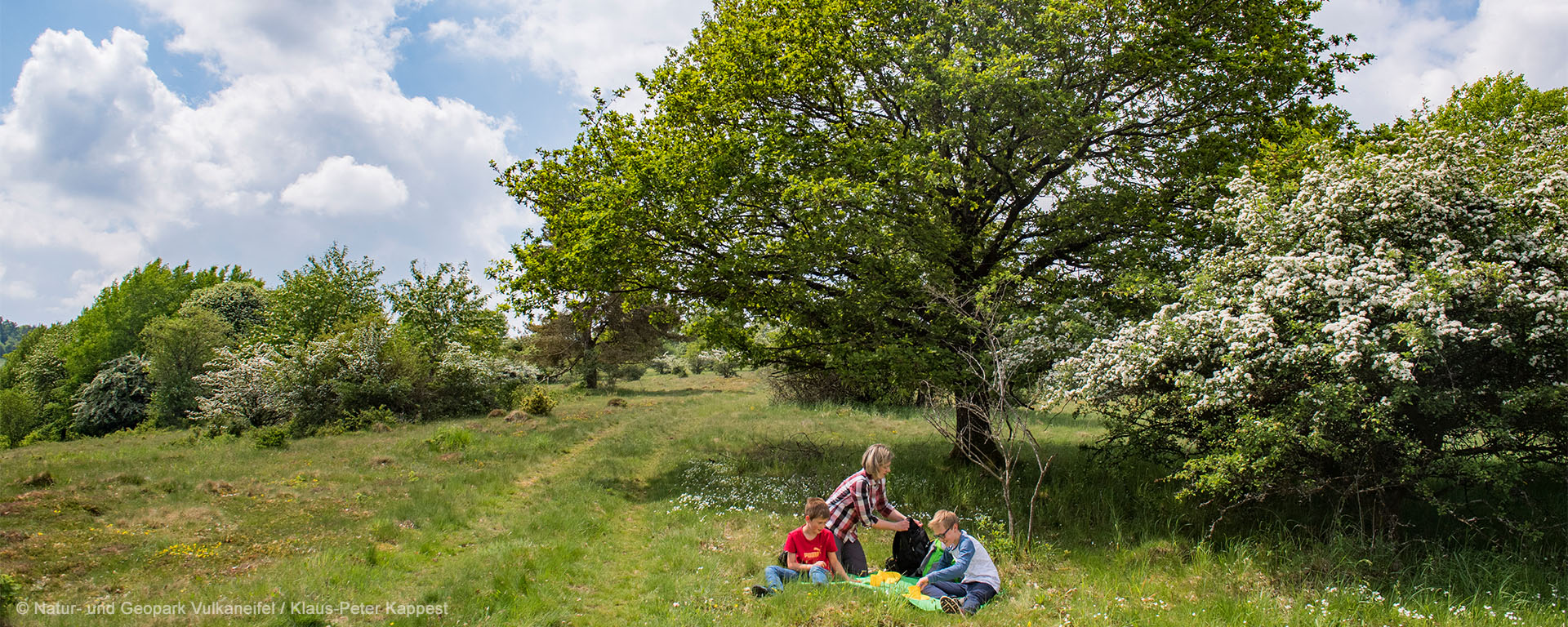 Wanderer picknicken in Demerather Umgebung